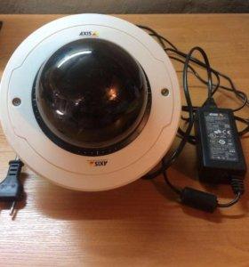 IP- Камера видеонаблюдения AXIS