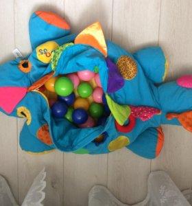 Игрушка-бассейн сухой.