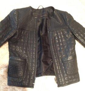 Кожаная куртка Zara натуральная кожа 42р