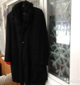 Черное пальто из шкурки нутрии