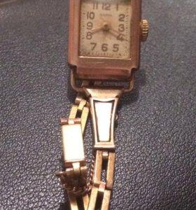 Золотые часы «Заря»