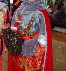 Новогодний костюм русского богатыря