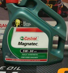 Моторное масло Castrol Magnatec 5W 30 4л