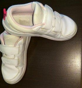 Кроссовки Nike девочке