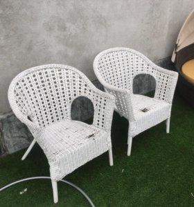 Продам плетёные стулья икеа 4 шт