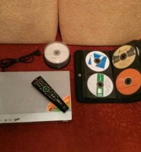 DVD плеер ввк dv318si с кучей дисков