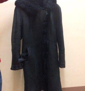 Чёрная дублёнка на зиму