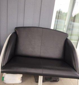 Офисный диван и кресло