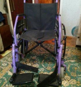 Инвалидное кресло новое.