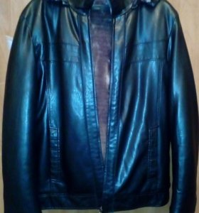 Продам зимнюю кожаную куртку и меховую шапку