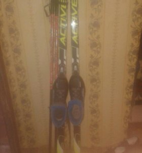 Лыжи комплект ,ботинки р36+коньки р36