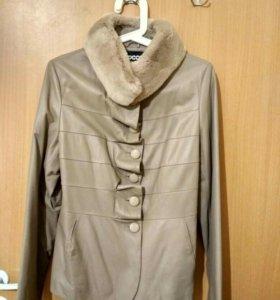 Кожаная куртка ESOCCO 46р.