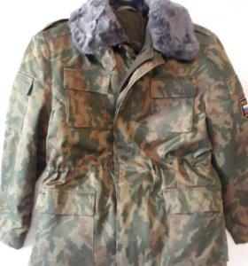 Камуфляжный  зимний костюм (куртка и брюки)