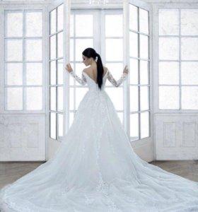 Платье. Свадебное платье