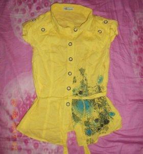 Летняя женская рубашка на 44 размер.