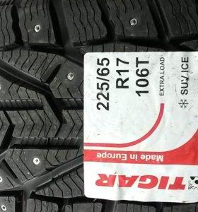 Автошины 225/65 R-17 Michelin Tigar SUV Ice шипы