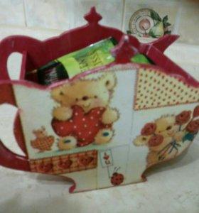 Чайный домик или конфетница