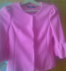 Пиджак42-44р,рубашка новая 42-44р