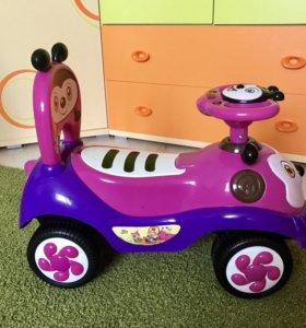 Машина - каталка детская