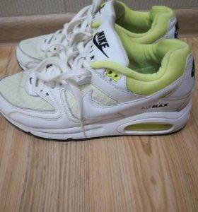 Кроссовки Nike Air оригинал.