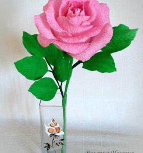 Сладкий комплимент - бело-розовая роза с конфетой