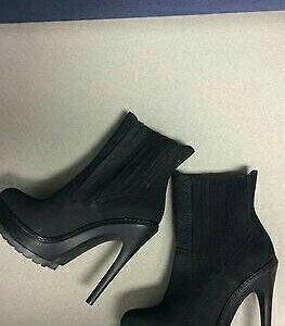 Новые ботинки BCBG Maxazria