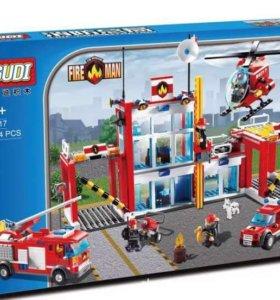 Конструктор (аналог Лего) новый