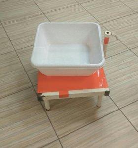 Ванночка для педикюра с подставкой