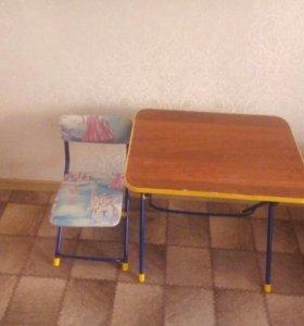 Стол и стульчик для детей
