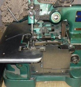 Швейная машинка оверлок