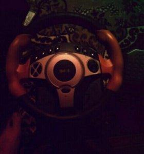Игровой руль.в отличном состоянии.все работает....