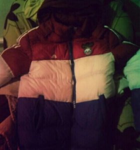 Оригинальная куртка Adidas.....
