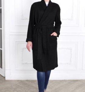 Пальто 44-46-48 размер зимнее