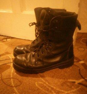 Муж. зимние ботинки, б/у берцы из натуральной кожи