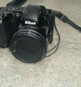 Фотоаппарат Nikon в идеальном состоянии.