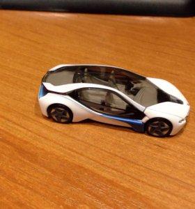 Моделька BMW I8