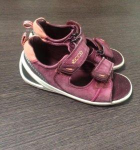 Детские сандалии ECCO 25 размер