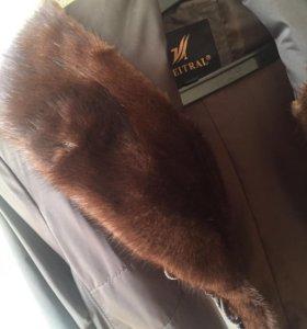 Пальто с мехом новое