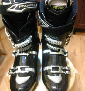 Горнолыжные ботинки Fischer