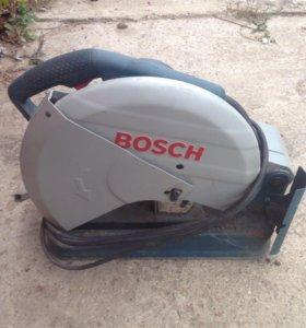 Отрезная пила Bosch GCO2000