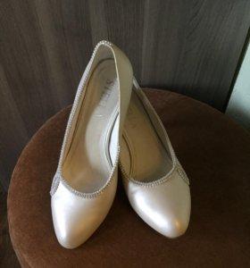 Туфли свадебные, цвет Айвори.