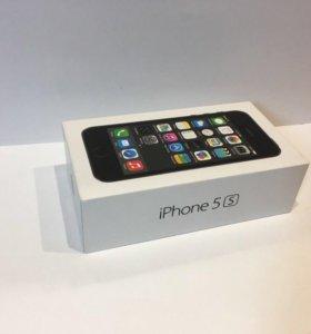 iPhone 5s 32Gb + 2 чехла