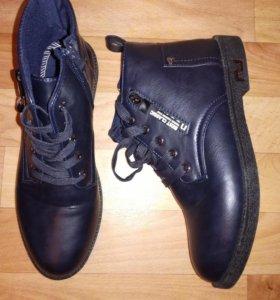 Ботинки женские 39