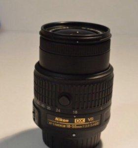 Объектив Nikon 18-55mm f/3.5-5.6 AF-S VR II DX