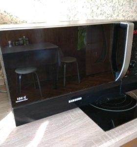 Микроволновка Samsung ce107mtr