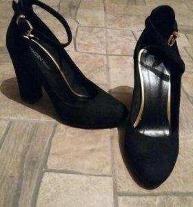 Новые туфли замшевые