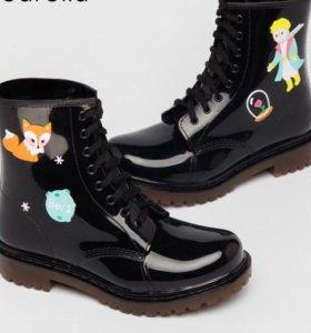 Новые резиновые ботинки(полусапоги)