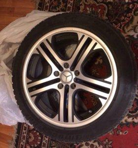 Bridgestone 245X45 R17 4 шт, Зимняя резина.