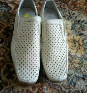 Туфли мужские. Новые.