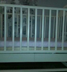 Кровать детская (качалка,с ящиком)+матрас
